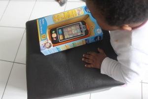 Cadeau anniversaire bébé  - 1 an -  Smartphone Vtech