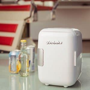 mini-refrigerateur-retro-kuehlschrank-weiss_idees cadeaux noel